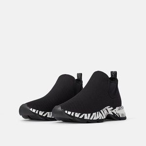 Sock Sneakers With Animal Print Sole Zara 7.5